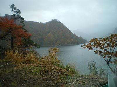 奥只見湖の朝