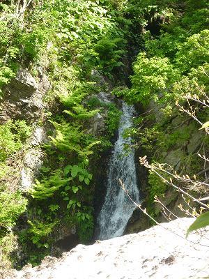 南魚沼の鴨の滝